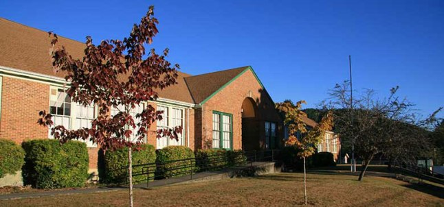 mineral-school-exterior-tree-780